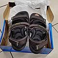 20140829  買鞋子 採酪梨