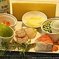 綜合海鮮開式麵餃