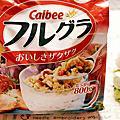 【2016日本必買-開箱系列】日本銷量第一!好吃到流淚的Calbee卡樂比天然水果穀物麥片(800g量販包),直接吃就很美味 ❣