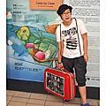 2012 皮箱狂想曲-18位藝術家的創意皮箱