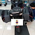 Kawasaki gtr1400電瓶更換