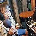 2018-04-30-1【台北東湖】Cocobar電話亭KTV哈拉影城店|又潮又特別的室內親子景點~羕豈的KTV初體驗!