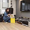 [台北市士林區]用木地板襯托家具擺設的高雅氣質