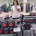 健身重訓、深蹲姿勢不正確,長期下來,關節負擔真的很大!膝蓋保養我吃「亞尼活力安固輪」