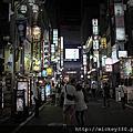 特刊~2011PHOTOTAIPEI名人公益攝影展
