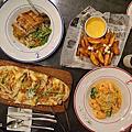 墾丁餐桌上on the table