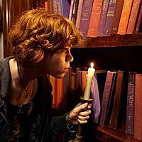 《神探俏佳人:隱藏的樓梯》,少女偵探南西德魯。