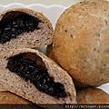 紅豆紫米麵包