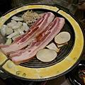【漢 Kang2 ● 韓國食堂깡 】大口吃肉, 烤五花烤蛋及無敵韓式炒麵