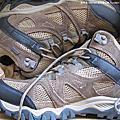 森林系 Merrell 高筒登山鞋 Rockbit Mid Waterproof