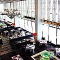 Ritz Carlton Cafe 103