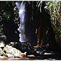 武界摩摩納爾瀑布