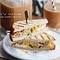 【孵書日記】漏網菜,台式早餐鮪魚蛋三明治。