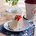 【蛋糕】鮮奶油草莓戚風,我的2014生日小蛋糕。