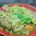 台北-三重-雞籠咖哩炒麵-料多味美的美食小吃