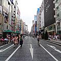 120623-日本行 day2- 銀座 - 12F UNI QLO & 街景隨拍