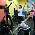 大開活力表演A班-課程實錄(4/16肢體開發)