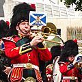愛丁堡軍樂隊遊行