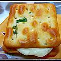 高雄魏記麥芽糕餅行-蔥味叉叉夾心餅