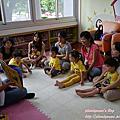 20160617【全職媽媽遛小孩-216】豐原圖書館-小小圖書館員