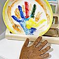 20210430【全職媽媽遛小孩-481】台中 愛啃兔陶瓷手作坊 白玉盤彩繪DIY - 親子體驗系列