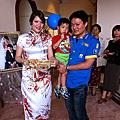 20111029(19)帶威德去台南參加李珍儀喜宴