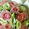 為拍賣客人量身訂作的歐式捧花