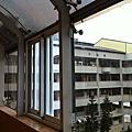 學校採光罩加貼隔熱紙工程
