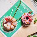 仿真甜點黏土-繽紛甜甜圈與波堤吊飾