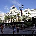 20130611 caesars forum shops