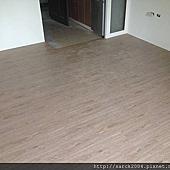 風格木地板*2013*北市八德路木地板直鋪封面施工*實木地板上在鋪上一層新的木地板唷*品名:里斯本-美國篇卡本特系列/海島型超耐磨木地板!相簿封面