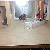風格木地板*2014*北市復興南路木地板架高施工*一樓車庫改成室內超耐磨木地板*品名:北歐冰柏/手刮浮雕超耐磨木地板/10年防蛀蟲保固/木地板超低特價中!相簿封面