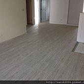風格木地板-2014-南港區向陽路平鋪木地板施工案例/品名:鹿特丹(3D立體同步紋)/頂級海島型超耐磨木地板/台北木地板專賣店!手刮浮雕超耐磨木地板直撲特價每坪2000元施工到好!北部最低價!相簿封面