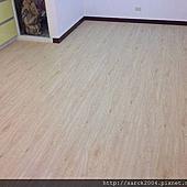 風格木地板-2014-基隆市中山一路直舖木地板施工案例/品名:奧斯陸-3D同步木紋/海島型超耐磨木地板/大台北木地板專賣店!手刮浮雕超耐磨木地板2000元完工價!相簿封面
