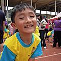 2012哥哥幼稚園裡的最後一場運動會