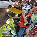 讓我們馳騁在巷弄中吧!計程摩托車衝啊!