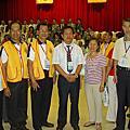 九陽與詹德貴師兄賢伉儷及其弟子合照於世界易經大會