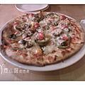 010111 台中 Pizza dall' orto 歐透手工鮮蔬披薩
