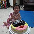 芯瑜成長生活紀錄09/28小寶貝一歲囉!