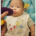 兒子吃副食品