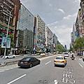 台北東區靜巷邊間美廈