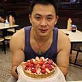 20151212提早幫爸比慶生霸味薑母鴨+Original纖甜工坊草莓乳酪塔