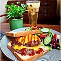 小葉茉莉_台中早午餐_老宅咖啡_貓狗寵物餐廳