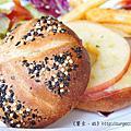 《台南》巴黎波波 輕食館 麵包餐 三角吐司
