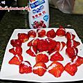草莓遇上鷹牌煉乳