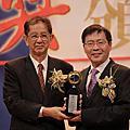 化工/材料科技領域得獎人-鄭建鴻教授