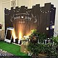 Tina flower蒂娜花藝場地佈置~中壢綠光花園婚禮佈置-深色木紋背板佈置