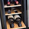 【Dual-zone 18瓶裝質感雙溫酒櫃】FRIGIDAIRE這酒櫃真美送禮自用兩相宜品味專案美第生活