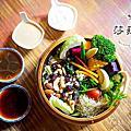 宜蘭美食【莎菈菈】木盆沙拉,宜蘭輕食餐廳,沙拉定食,咖喱飯