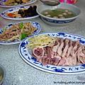 不是正餐時間還是客滿的正宗民雄鵝肉亭101-08-11